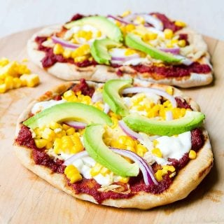 Nothing says summer like Grilled BBQ Chicken Pizza with slices of creamy avocado. Perfect for sharing! 296 calories and 8 Weight Watchers Freestyle SP