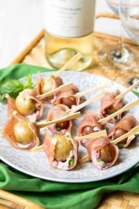 Perfectly bite-sized and delicious, these prosciutto potato skewers have the perfect balance of sweet and savory, thanks to some cherry goat cheese. 41 calories and 2 Weight Watchers Freestyle SP.