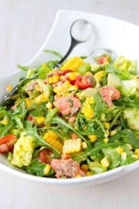 Dinner salads are a fantastic way to fill your plate with veggies and lean protein. This Summertime Salmon Chopped Salad recipe has all of that, plus tons of flavor! 349 calories and 6 Weight Watchers Freestyle SP