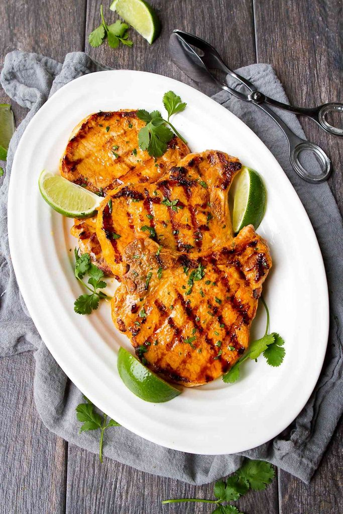 Grilling pork chops is an easy way to get dinner on the table quickly and cheaply. The Thai curry flavors add something special to this recipe! 279 calories and 6 Weight Watchers Freestyle SP