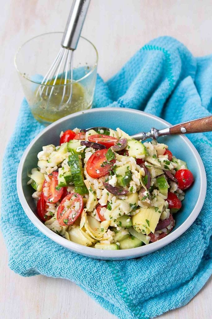 This healthy Greek-inspired brown rice salad recipe disappeared in a flash! So many flavors with so little effort. 125 calories and 4 Weight Watchers Freestyle SP