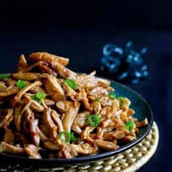 A Slow Cooker Chicken recipe is an easy way to get dinner on the table and you can't beat the fantastic hoisin sauce that flavors this crockpot recipe. 176 calories and 4 Weight Watchers Freestyle SP #slowcooker #crockpot #chicken #recipe