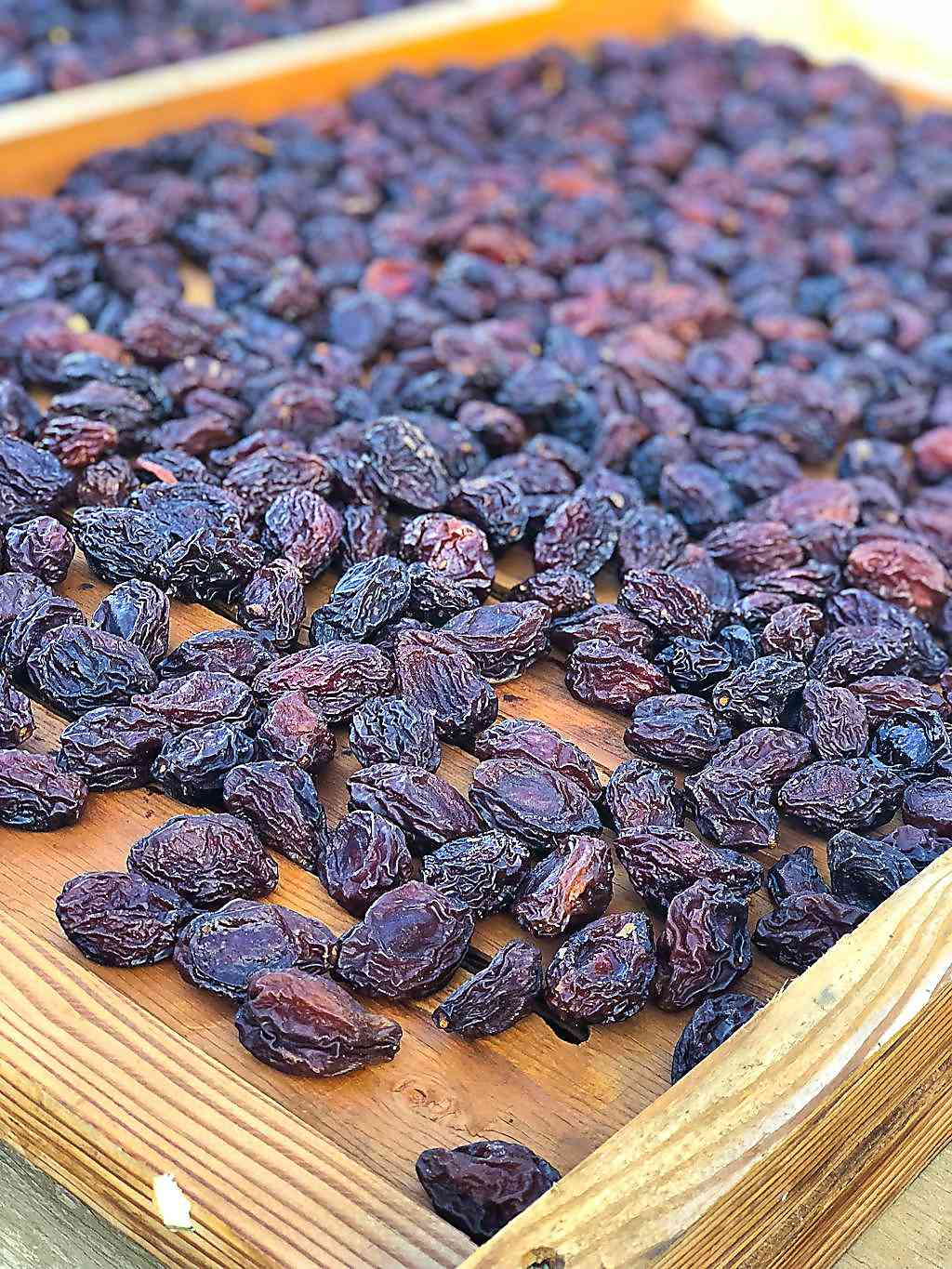 Prunes on drying flat