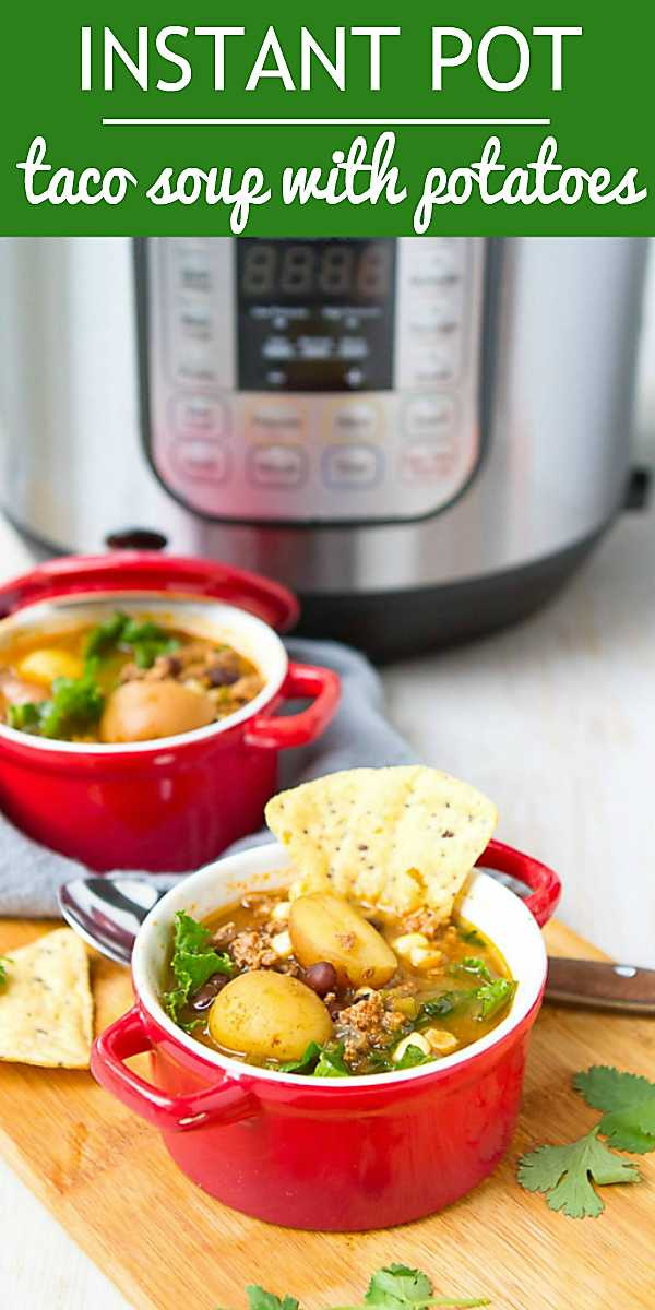 So much goodness in this healthy taco soup! Throw everything in the Instant Pot for an easy weeknight meal. 267 calories and 4 Weight Watchers Freestyle SP #cleaneating #weightwatchers #myfitnesspal