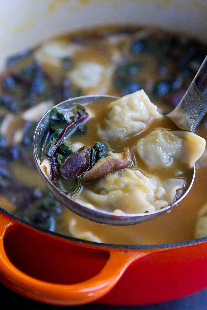 Wonton soup is one of the quickest meals to make and is fantastic when packed with veggies, such as mushrooms and leafy greens. A family favorite! 172 calories and 3 Weight Watchers Freestyle SP #wontonsoup #healthyeating