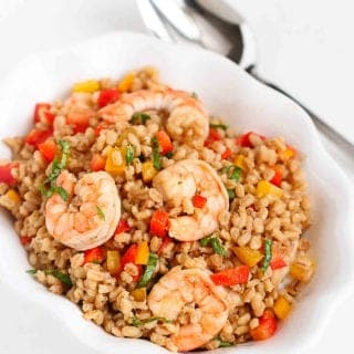 Work some whole grains into your lunch with this make-ahead toasted barley and shrimp salad recipe. It's healthy, tasty and packed with fiber! 236 calories and 5 Weight Watchers Freestyle SP #shrimprecipes #weightwatchers