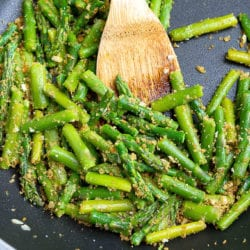 Sautéed Asparagus with Garlic Breadcrumbs