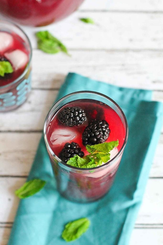 We make this low sugar blackberry iced tea throughout the summer. So refreshing and simple to make. 55 calories and 2 Weight Watchers Freestyle SP #blackberry #wwfreestyle #icedtearecipe #lowsugar
