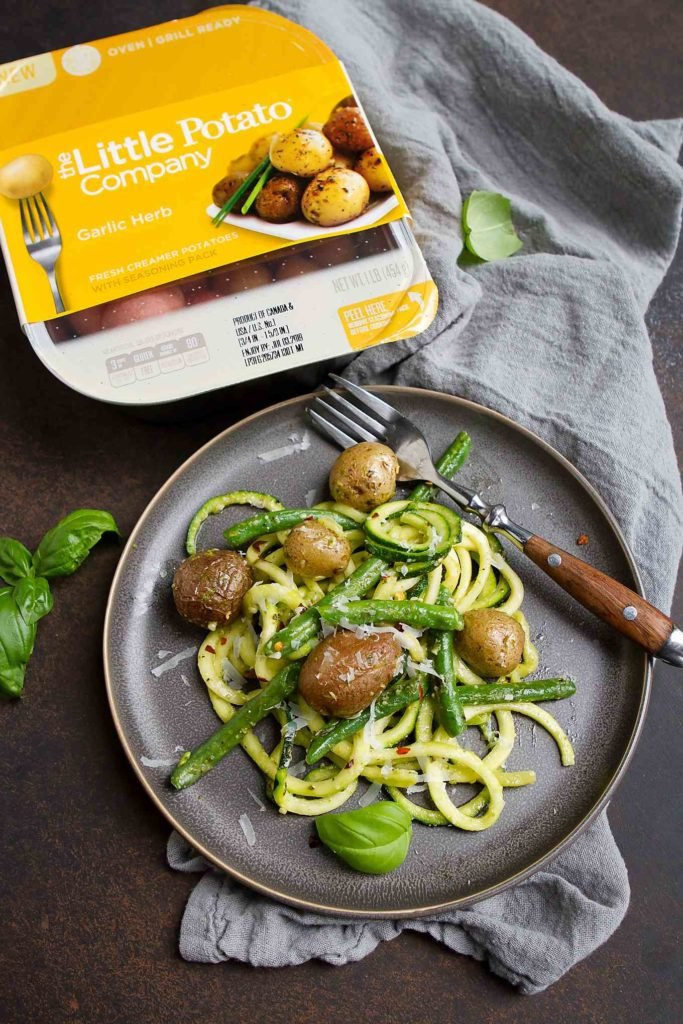 Zoodles are a great alternative to pasta and are made even better with little potatoes, green beans and pesto. 139 calories and 5 Weight Watchers SP #ad #zoodles #healthyrecipes #wwfreestyle