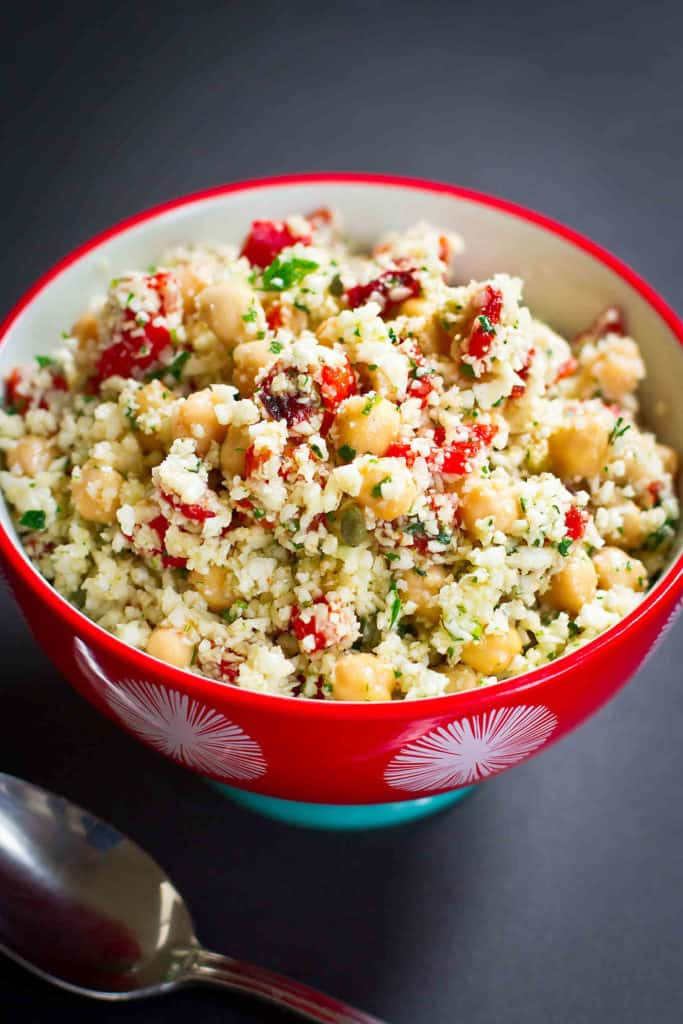 Have you ever tried a grated cauliflower salad? No cooking required! Serve this as a vegan dinner or a side dish. 270 calories and 3 Weight Watchers SP for entree portion. #cauliflower #cleaneating #weightwatchers #veganrecipes
