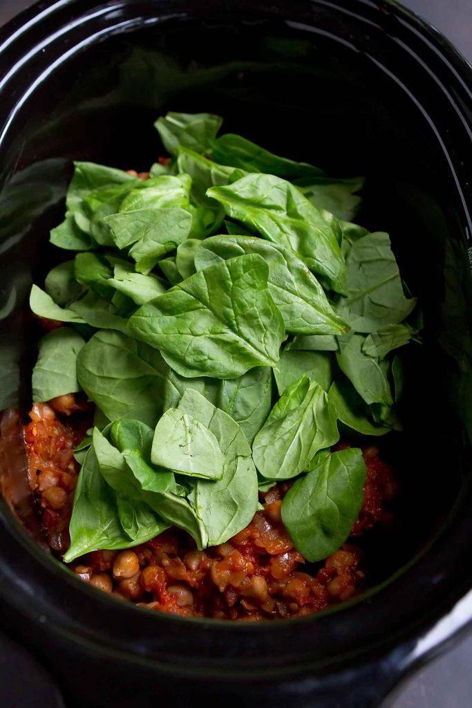 Spinach and chickpea stew in a crockpot