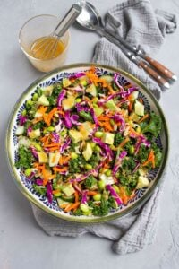 There's so much goodness in this superfood salad. Kale, avocado, cabbage, rice and more, all tossed with a miso dressing. Delicious! 143 calories and 4 Weight Watchers SP   Vegan   Plant Based   Anti Inflammatory   Mediterranean Diet   Recipe   Lunch Ideas   Meal Prep #plantbased #vegansalads #lunchideas #antiinflammatory #wwrecipes #smartpoints